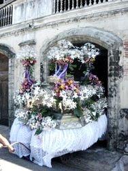 The Carosa exiting through the Main Door