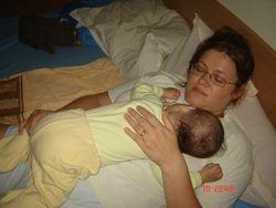 Cel mai dulce somn este...pe mami