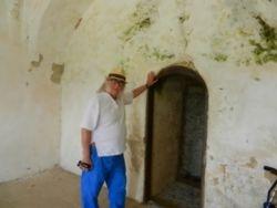Nikki & Pete's 12th Century Adventures at Castle Rising