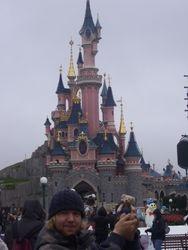 Jimmy in Euro Disney Parijs 17/11/2012
