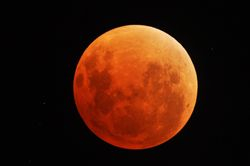 """The """"Blood Moon"""" of the 15th"""