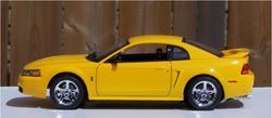 Revell 1999 Ford Mustang Cobra 4.6 Litre