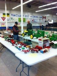 Arnie Wiens Scale Farm Tractors