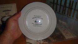 J Peterman 1st class dessert plate prop