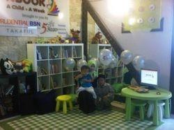 Inilah perpustakaan mini yang disiapkan sepenuhnya oleh Prudential BSN Takaful.