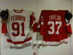 Detroit Redwings jerseys Fedorov Auto and Tim Taylor GU