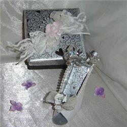 Miniture High Heel shoe with keepsake gift box