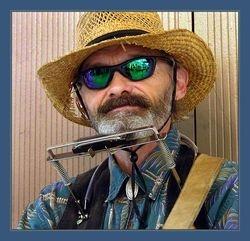 Nicollet Avenue Musician