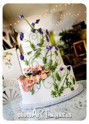 Lavendula wedding cake