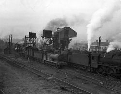 44910 & 68174 Bescot Shed 1957
