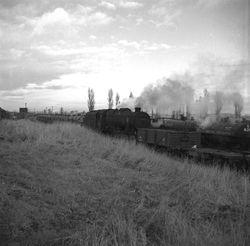 Railswood, engine heading north towards Ryders Hayes