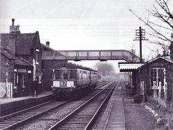 A DMU pulls into pelsall Station