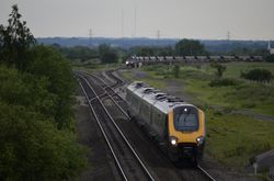 Voyager passes as 66415 still waits for clearence