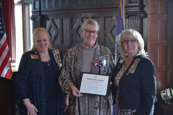 DAR Community Service Award Presented