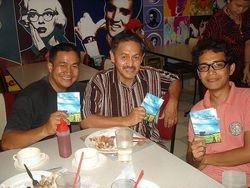 Hand over of Tambobong copies to Sumaro Bikonon