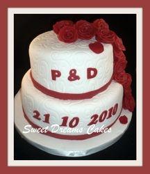 bruidstaart rode rozen (20 pers.)