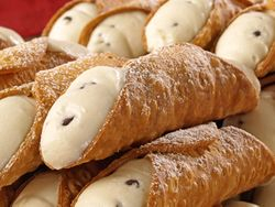 Cannolis with Chocolate chips