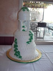 Shamrock Wedding Cake