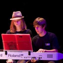 2 pianisten en 1 piano
