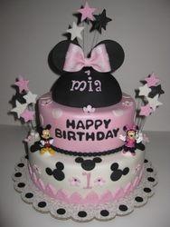 Mia's Minnie Mouse 1st Birthday Cake