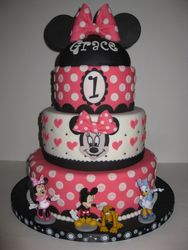 Grace's 1st Birthday Minnie Mouse Cake