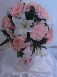 BRIDE BOUQUET CASCADE