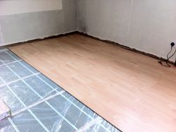 Underfloor Heating with wood finish