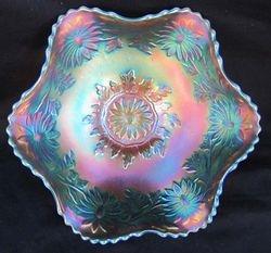 Daisy Wreath, aqua opal ruffled bowl, Westmoreland, USA
