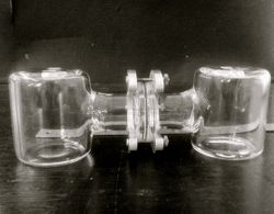 Double Cell with O-Ring Joint & Horseshoe clamp