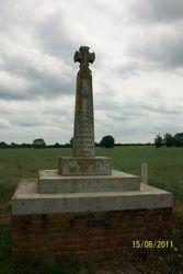 Hoxne - St Edmund's Monument