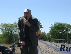 Speaking at 2006 Run