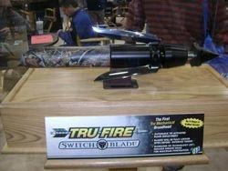 Tru-Fire Switchblade Display