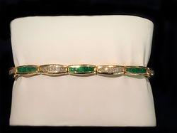 Diamond and Emerald 14k bracelet