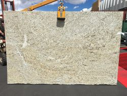 Giallo Ornamental 122x78