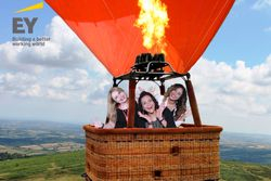 Hot air, Green Screen Photo Booth