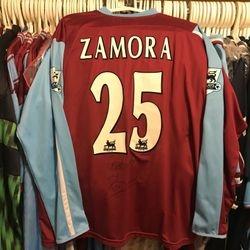 Bobby Zamora 2005/07 worn, signed home shirt.