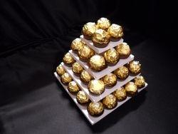 Ferrero Mini Pyramid, Holds 40 Ferreros