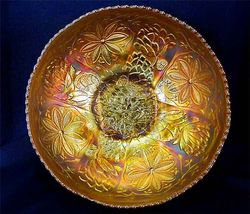 Waterlily ftd IC shaped master berry bowl