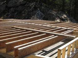 installation des poutrelles du plancher