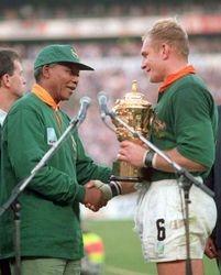 Mandela and South African rugby player Pienaar
