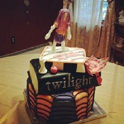 Twilight Series Cake