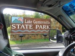Guntersville sign
