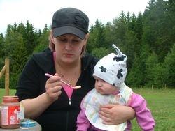Emma og treffets yngste deltaker Maja