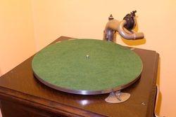 HMV58_004 Turntable