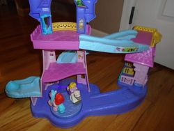 Fisher Price Little People Disney Princess Klip Klop Stable Play Set - $25