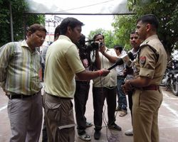 27 Following the street children's visit, Agra police held a press conference to publicise the event