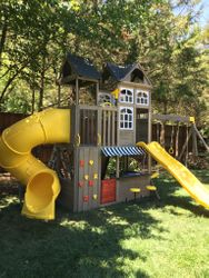 KidKraft Devonshire swing set assembly in leesburg Virginia