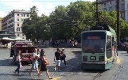Socimi #9008 entering Piazza del Risogimento