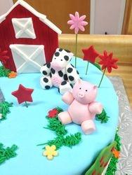 Farm Cake (Cow + Pig)