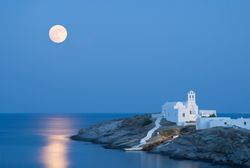 Sifnos Full Moon, Cyclades